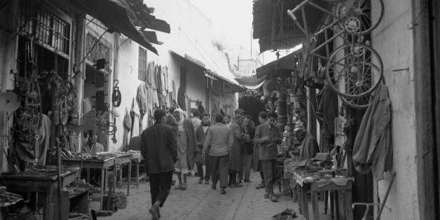 Image d'archive d'une rue à Tunis