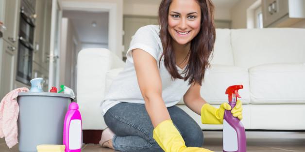 Vier Reinigungsmittel braucht ihr zum Putzen - mehr nicht!