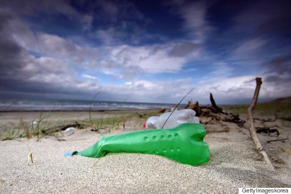 plastic garbage ocean