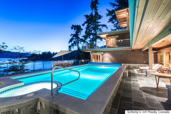 west vancouver yacht garage