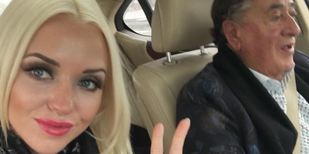 Lugner kennt nicht die Begleitung seiner Gattin