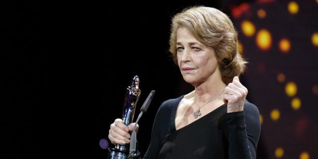 """La polémique des Oscars, """"c'est du racisme anti-blanc"""" pour Charlotte Rampling (Charlotte Rampling au Prix du cinéma européen en décembre 2015)"""