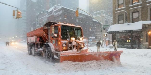 Un chasse-neige le 24 janvier 2016 à New York