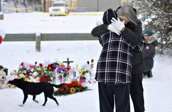la loche shooting memorial mourning