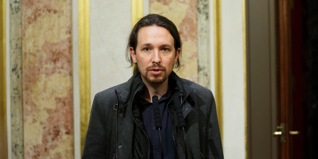 MADRID, SPAIN - JANUARY 13:  Leader of Podemos (We Can) party Pablo Iglesias speaks for the press after the inaugural meeting of the eleventh legislature of the Congress of Deputies at the Spanish Parliament on January 13, 2016 in Madrid, Spain. For the first time the congress will have four main parties with the new arrival of center right wing party Ciudadanos (Citizens) and left wing party Podemos (We Can), instead of a two party system made mainly of Spanish Socialist Party (PSOE) and Partid