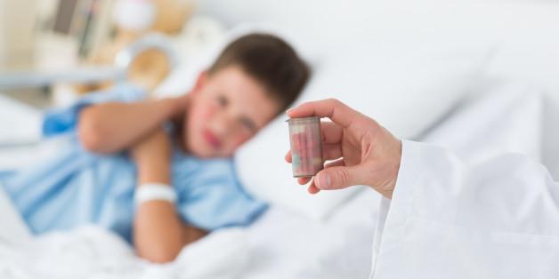 Antibiotika sollten dem Kind nur im Notfall verabreicht werden