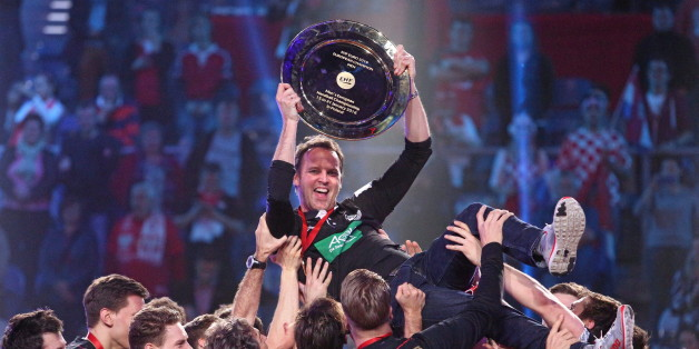 Die deutsche Handball-Nationalmannschaft feiert sich selbst