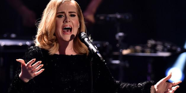 Adele singt leidenschaftlich - aber will nicht politisch sein. Das erfährt nun auch Trump