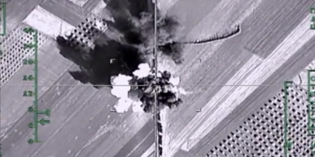 Aufnahme eines russischen Luftangriffs in Syrien bei Aleppo