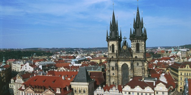 CZECH REPUBLIC - NOVEMBER 10: Goltz-Kinsky palace, 1755-1765, on the left, and the Church of Our Lady before Tyn, 1365-1511, Old Town Square (Staromestske namesti) in Prague (UNESCO World Heritage List, 1992), Czech Republic. (Photo by DeAgostini/Getty Images)
