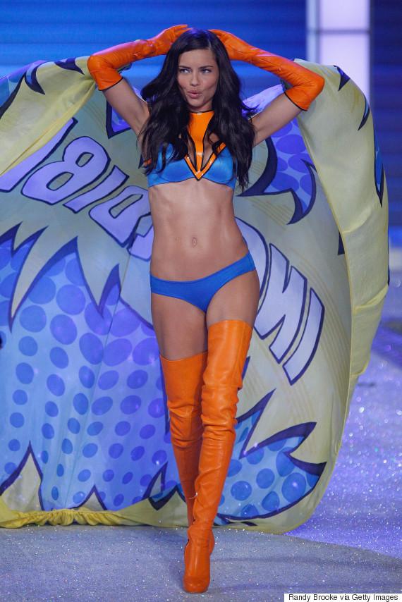 adriana lima victorias secret fashion show 2011