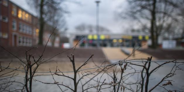 Von diesem Schulhof im Kieler Stadtteil Gaarden soll der Verdächtige das Mädchen entführt haben