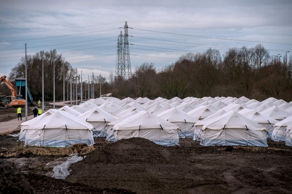 syrian refugees france the jungle