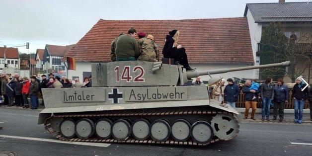 """Gemeinde zahlte offenbar Zuschuss für den """"Panzer"""" gegen Flüchtlinge"""