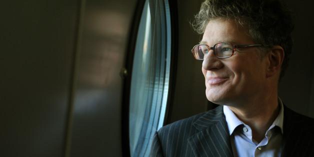 Roger Willemsen ist tot – und damit hat Deutschland einer seiner bekanntesten deutschen Intellektuellen verloren