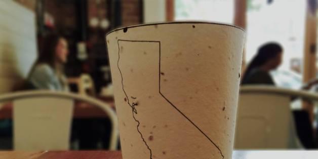Mit diesem Kaffeebecher