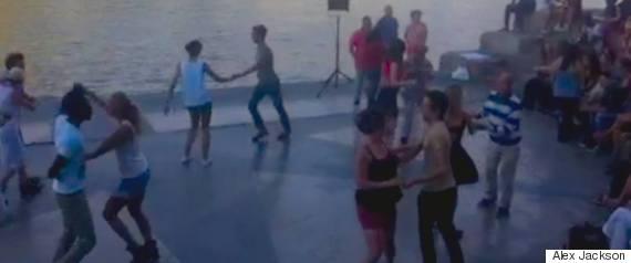 dancing in the jardin tinorossi