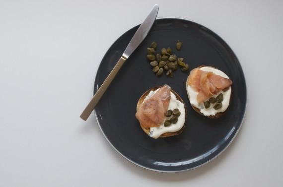 english muffins smoked salmon