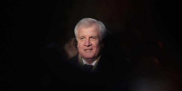 """Ministerpräsident Weil nennt Seehofer einen """"Kronzeugen von Pegida"""""""
