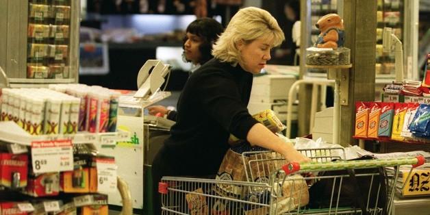 Er beobachtete, wie sein Chef eine arme Mutter im Supermarkt  behandelte - und reagierte sofort