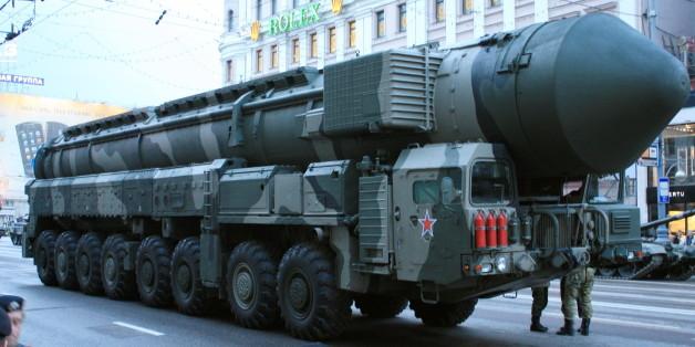 Un des missiles balistiques intercontinentaux, porteur en général d'ogive nucléaire.