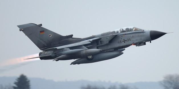 Machtdemonstration? Russische Jagdflugzeuge begleiten deutsche Tornados über Syrien