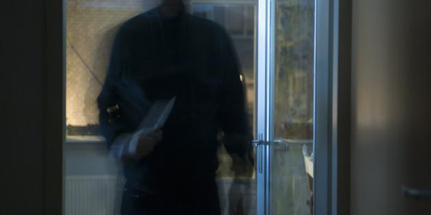Symbolbild: Einbrecher