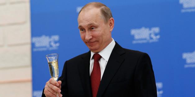 Russlands Präsident Wladimir Putin nimmt auf vielen Wegen Einfluss in Deutschland
