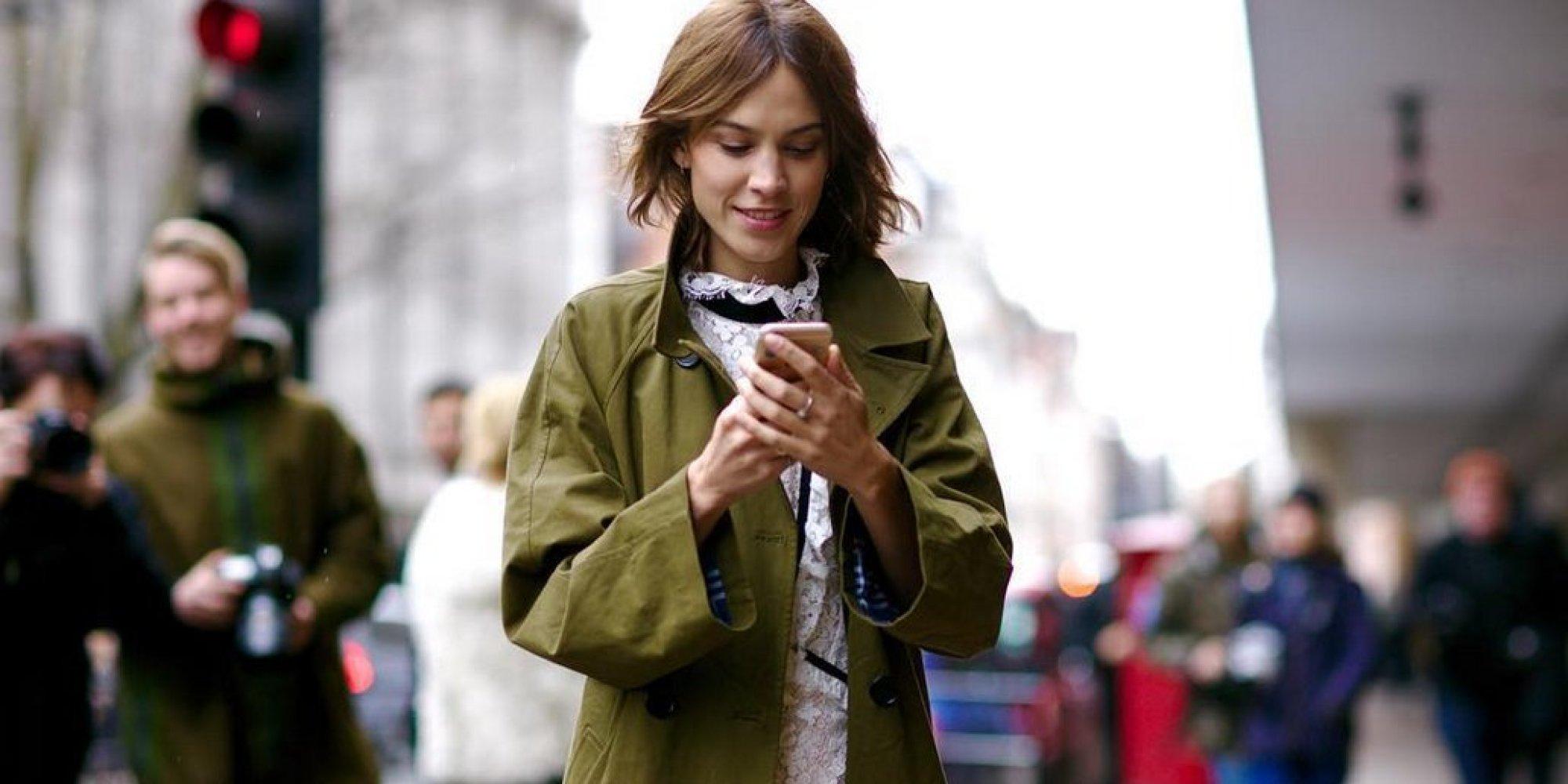 London Fashion Week 2016 Alexa Chung 39 S Outfits A Definitive Guide Huffpost Uk