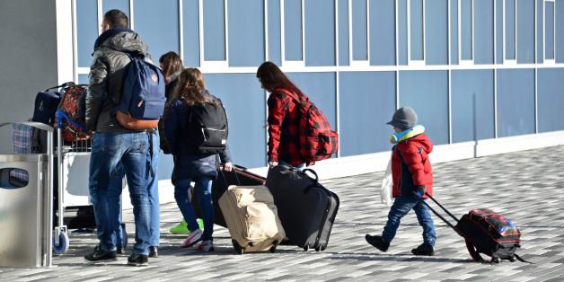 Eine Familie vom Westbalkan bei ihrer freiwilligen Ausreise