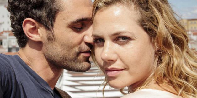 """Felicitas Woll spielt in dem Film """"Weil ich dich Liebe"""", eine Frau kurz vor der Scheidung - oder kommt doch alles ganz anders?"""