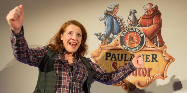 """Kabarettistin Luise Kinseher bei der Nockherberg-Pressekonferenz: Sie wird als """"Mama Bavaria"""" am 24. Februar sprechen"""