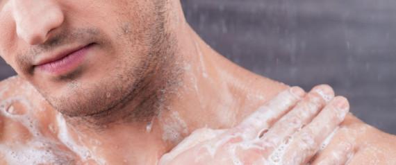 3c92d64dbb2c Selon les dermatologues, une peau mal rincée peut provoquer irritations et  dessèchement.