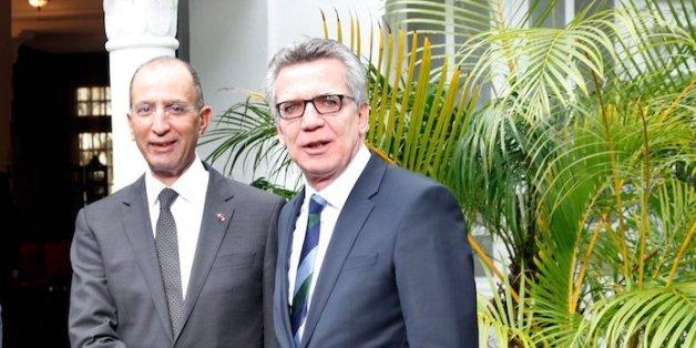 Mohamed Hassad et Thomas de Maizière, ministres marocain et allemand de l'Intérieur.