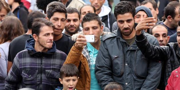 Flüchtlinge in Deutschland: Niedersachsens Ministerpräsident Stephan Weil (SPD) glaubt nicht an eine baldige Rückkehr in ihre Heimatländer