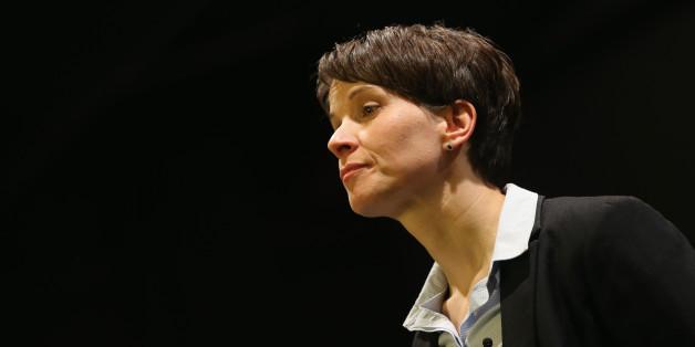 AfD-Chefin Frauke Petry sorgt mit ihrem Medienumgang für heftige Diskussionen (Archivbild)