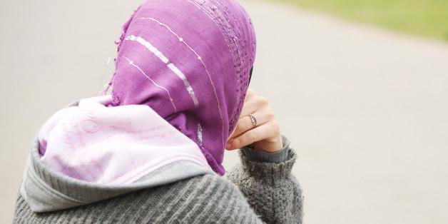Über die Frage, ob der Islam eine frauenfeindliche Gesellschaft fördert, wird vor allem seit Köln heftig geschritten