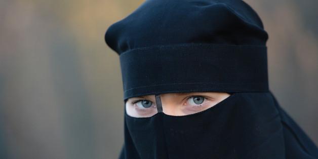 Eine Muslima weigert sich, vor Gericht den Schleier abzulegen