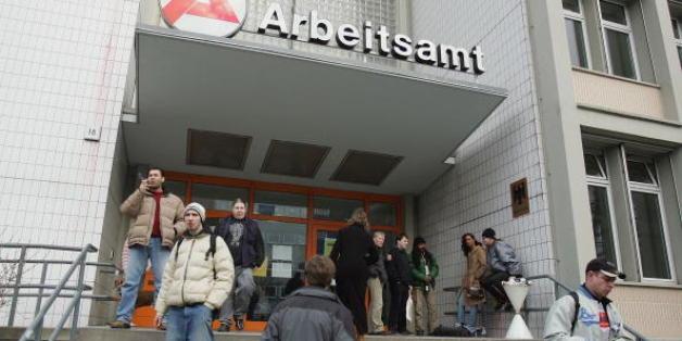 """AfD-Sachsen-Anhalt will Hartz IV senken - """"logischerweise"""""""
