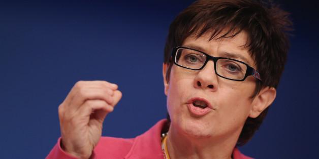 """Streit bei """"Maischberger"""" um Zukunft der Kanzlerin: """"Merkel wirft nicht hin!"""""""