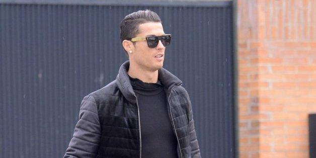 Cristiano Ronaldo et son fils s'entraînent au tir