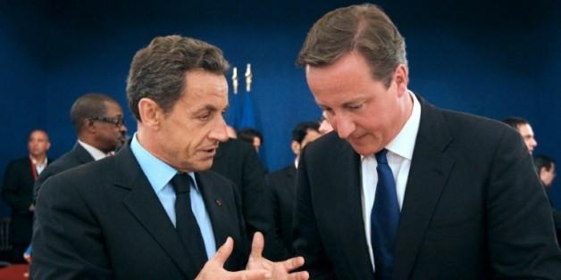 Nicolas Sarkozy et David Cameron lors d'un sommet sur l'ère post-Kadhafi le 1er septembre 2011 à Paris