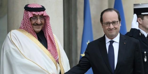 Le prince héritier saoudien Mohammed ben Nayef accueilli par le président François Hollande le prince héritier saoudien Mohammed ben Nayef, le 4 mars 2016 à l'Elysée