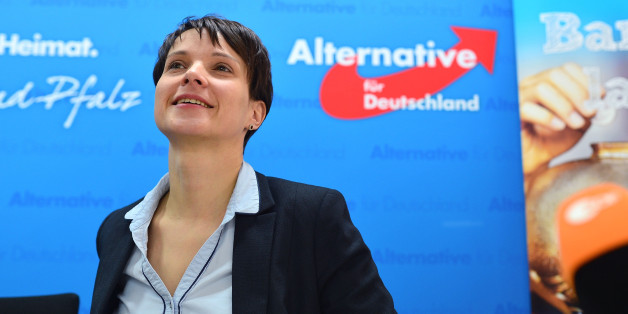MAINZ, GERMANY - FEBRUARY 29:  The chairman of the party 'Alternative fuer Deutschland' Frauke Petry explains at a press conference the start of the nationwide AfD (Alternative for Germany) campaign for the preservation of the money in cash on February 29, 2016 in Mainz, Germany.  (Photo by Thomas Lohnes/Getty Images)