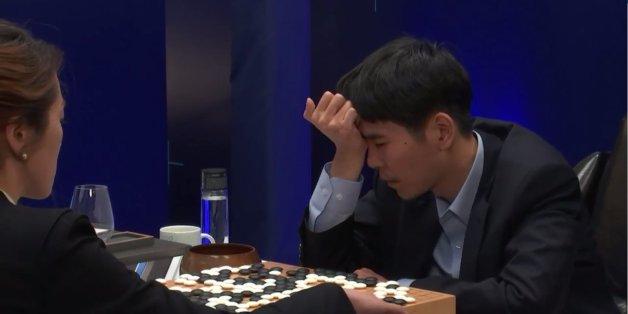 Le champion du monde de jeu de go Lee Sedol s'est incliné lors du dernier match contre l'IA AlphaGo de Google, perdant ainsi la rencontre 4 à 1.