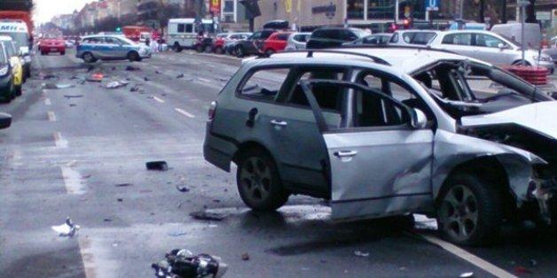 Une bombe explose dans une voiture en plein centre de Berlin