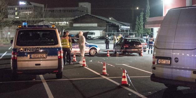 Polizei sichert den Tatort in Hannover