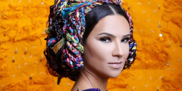 La chanteuse marocaine Oum invitée au Grand Journal