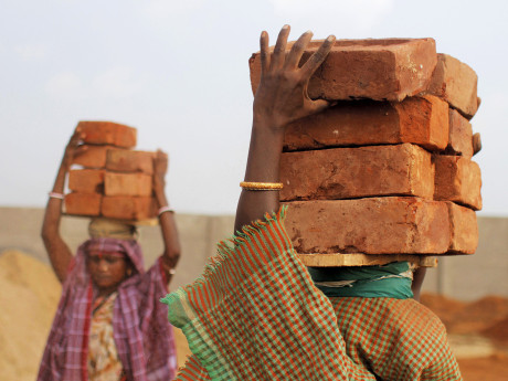 india woman bricks