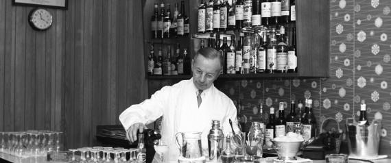 bartender 1960
